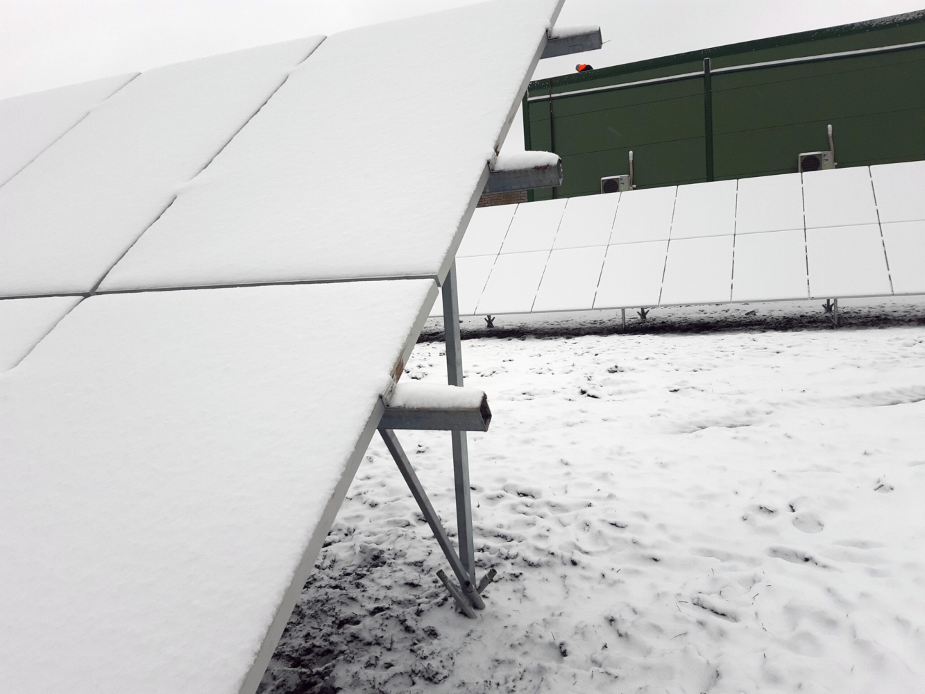 Päikeseelektrijaama paigaldamine, Projekt 145